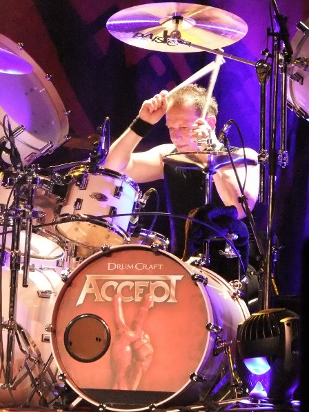 Stefan Schwarzmann on drums with Accept live in Paris