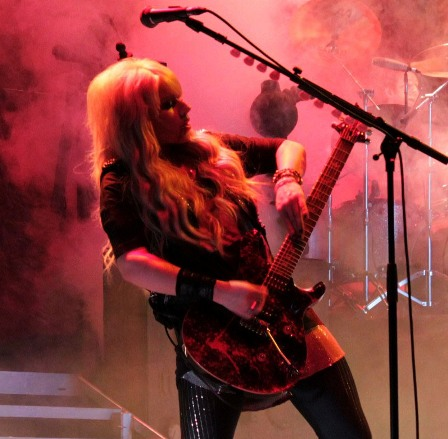 Orianthi: from Michael Jackson to Alice Cooper
