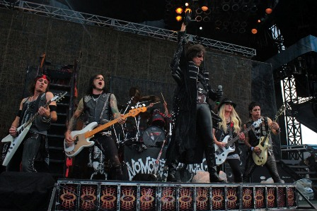 The Alice Cooper band at the Ottawa Bluesfest