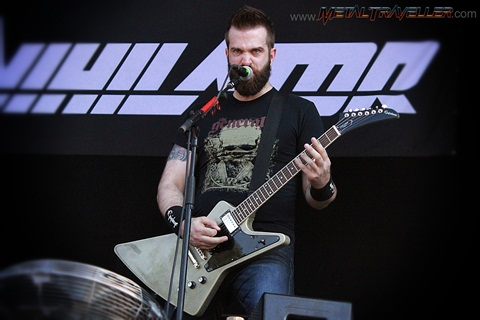Dave Padden from Annihilator live in Clisson