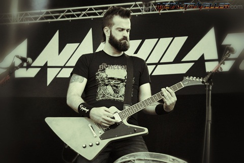Dave Padden with Annihilator live in Clisson