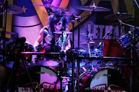 Frank F. on drums with Blackrain