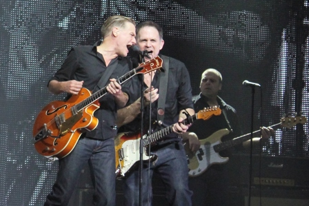 Bryan Adams and Keith Scott livve in Paris