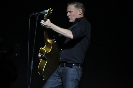 Bryan Adams in France, live in Paris