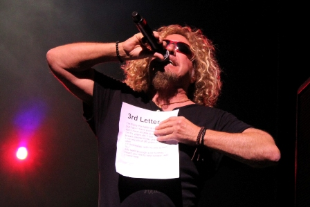 Chickenfoot Paris