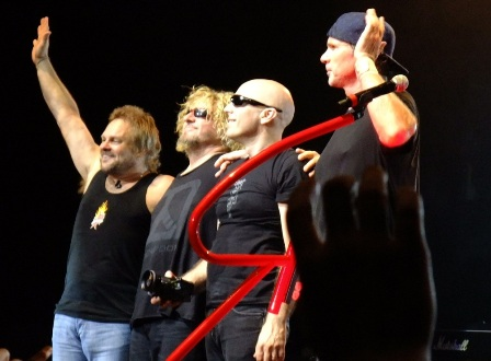 Chickenfoot: Michael Anthony, Sammy Hagar, Joe Satriani, Chad Smith