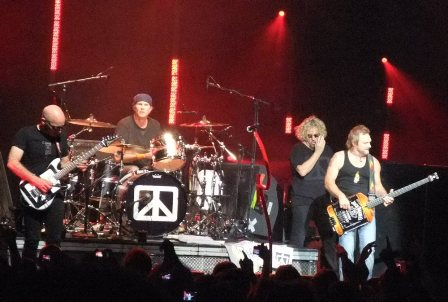 Chickenfoot concert at the Olympiahall in Paris