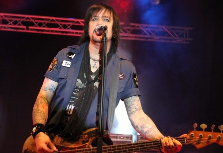 Eric Brittingham playing bass on Cinderella 25 Anniversary Tour