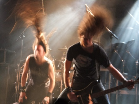 Mark and Damien insane headbanging - Death Angel live at the Thrashfest