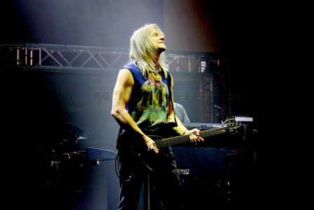 Steve Morse from Deep Purple live in France