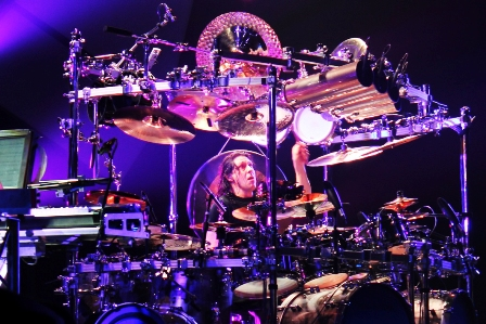 Mike Mangini live with Dream Theater