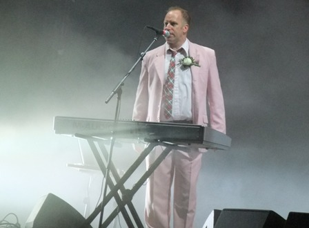 Roddy Bottum from Faith No More in St Cloud - August 29 2009