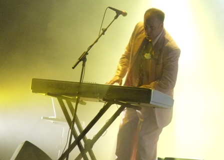 Roddy Bottum from Faith No More live in St Cloud, August 29 2009