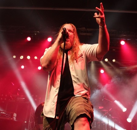 Russ Anderson singing with Forbidden at the Alcatraz Metal Festival Belgium