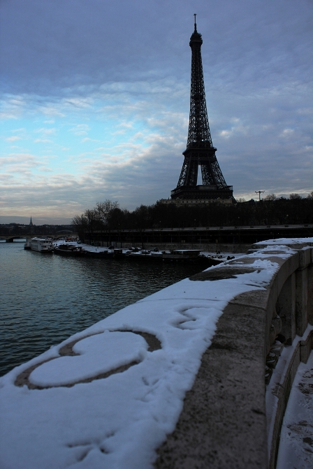 The Eiffel Tower on a clear snowy day