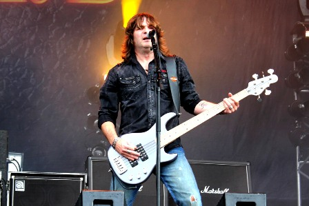 Marc Lynn on bass - Gotthard live at Hellfest