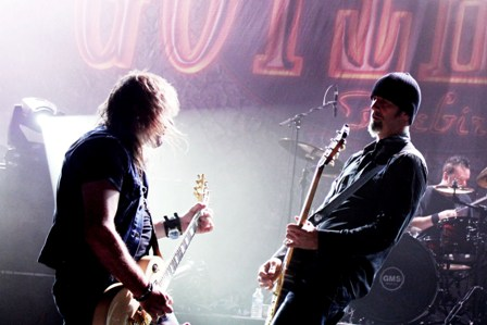 Leo and Freddy on guitars - Gotthard live in concert