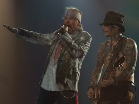 Axl Rose and DJ Ashba ready to rock - Guns'n'Roses live in Antwerpen