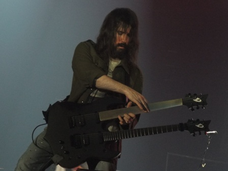 "Ron ""Bumblefoot"" Thal in Antwerpen- Guns'n'Roses live"