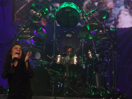 Ronnie James Dio and Vinny Appice live in Paris 2009