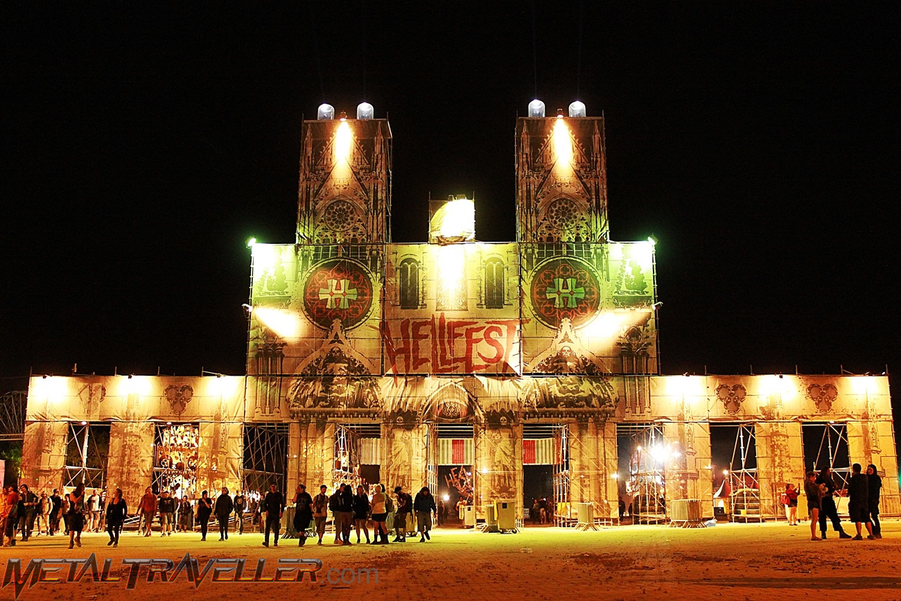 Cathedral entrance - Hellfest Open Air