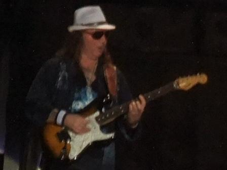 Dave Murray with a hat and sunglasses