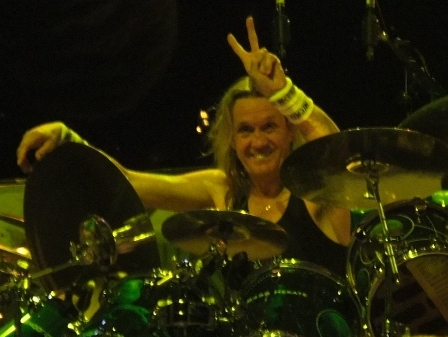 Nicko McBrain on drums - Iron Maiden live in Paris