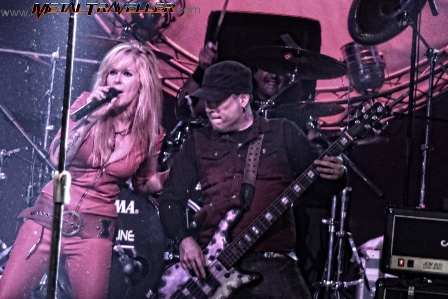 Lita Ford and Martin O'Brien live in Bogotá
