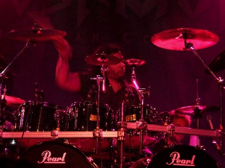 Van Williams on drums - Nevermore live in Paris France