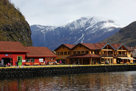 the harbour of Flåm