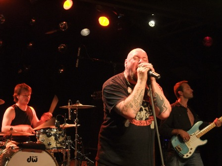 Manu Lamic, Paul DiAnno and Sylvain Terminiello - Paul Di Anno live in Vitry Le François, near Paris