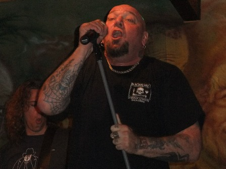 Paul DiAnno Live at Santeny