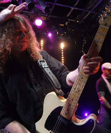 Paul Guerin from The Quireboys in Paris - October 9 2009