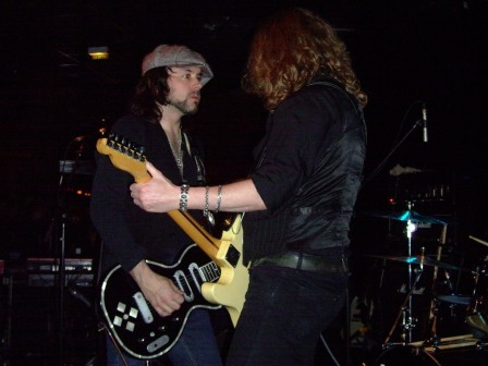 Paul Guerin and Guy Griffin from The Quireboys- Live in Paris - May 7 2009