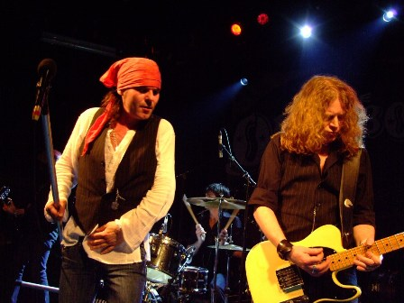 Spike and Guy Griffin from The Quireboys- Live in Paris - May 7 2009