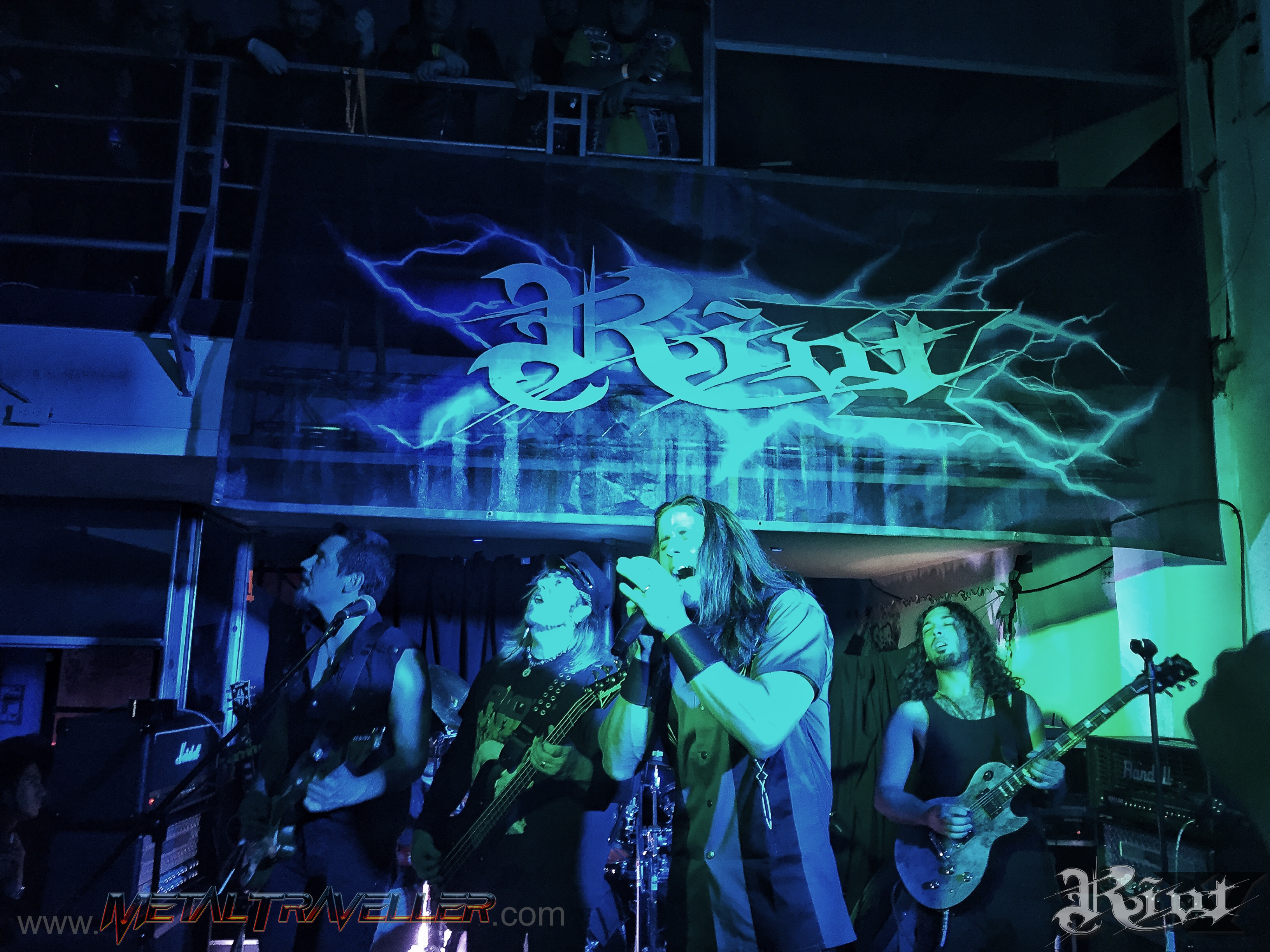 Riot V - live at Jaguar Bar in Bogotá