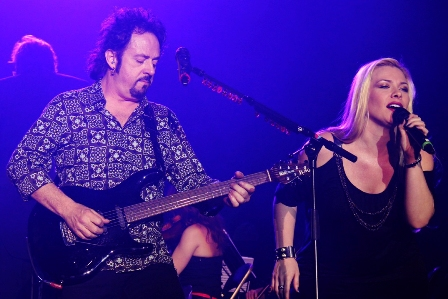 Steve Lukather and Amanda Somerville live in Paris
