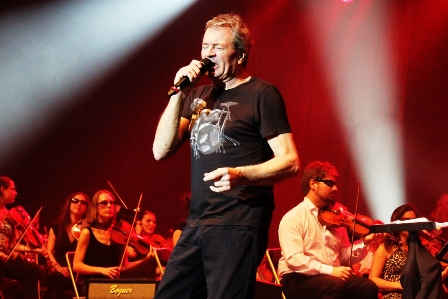Ian Gillan from Deep Purple and the Bohemian Symphony Orchestra Prague - Rock Meets Classic live in Paris