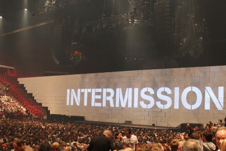20 minute intermission on The Wall Live