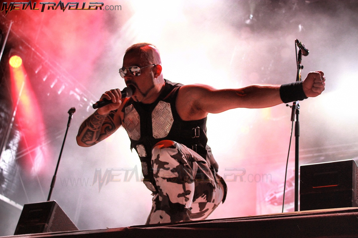 Joakim Broden from Sabaton live in Clisson