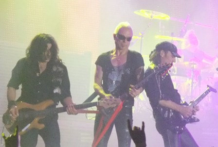 Scorpions live at Mons Expo