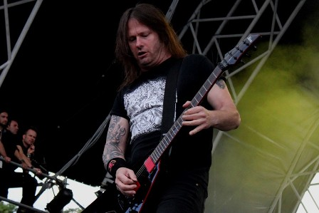 Gary Holt from Exodus live with Slayer at the Sonisphere France