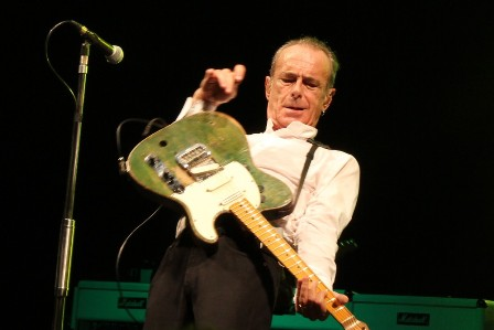 Francis Rossi live at the Olympia Bruno Coquatrix