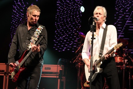 Rhino Edwards and Andy Bown at the Olympia Hall in Paris, live with Status Quo