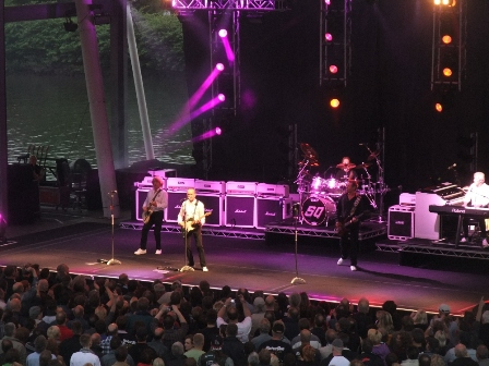 Status Quo playing by the river in Gelsenkirchen