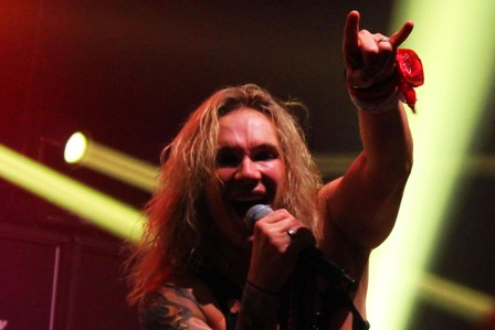 Michael Starr at the Bataclan in Paris with Steel Panther