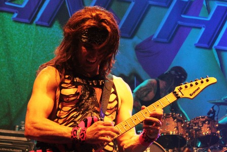 Satchel on guitars - Steel Panther live in Paris