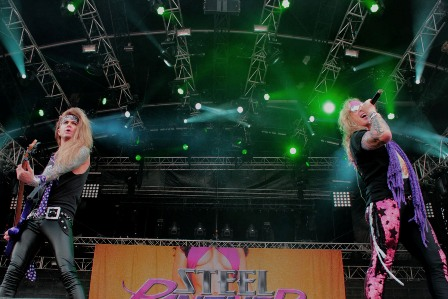 Steel Panther live at the Hellfest
