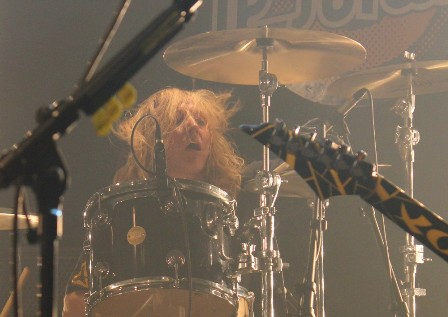 Robert Sweet on drums with Stryper live in France
