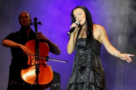 Anders Kjølholm playing bass with Tarja
